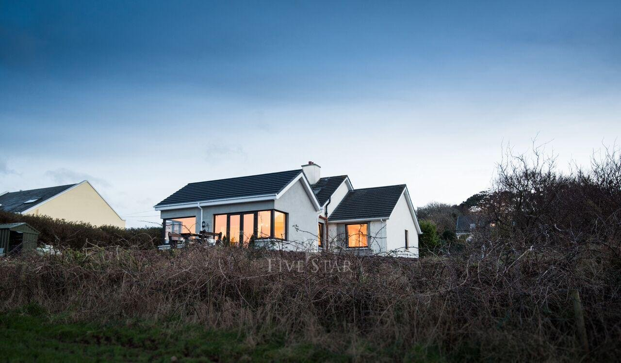 Tigh Thor - BEST SELLER! Overlooking the Dingle Harbour photo 26