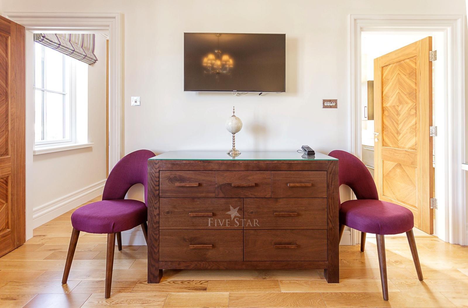 Luxquisite 5-Star Killarney Residence photo 29