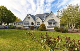 Photo of 5-Star Killarney Family Home