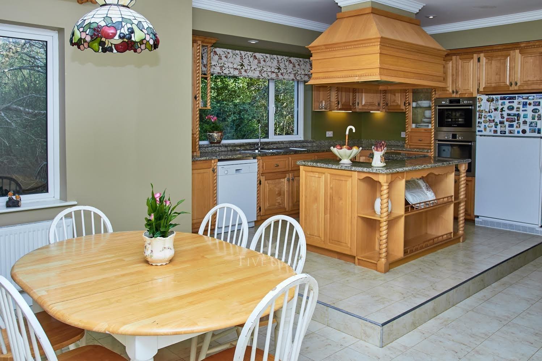 5-Star Killarney Family Home photo 5