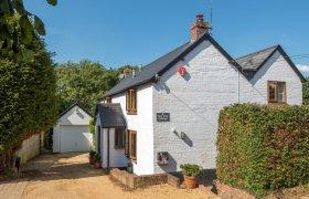 Photo of Lymington Cottage