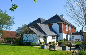 Photo of Hurst Green House