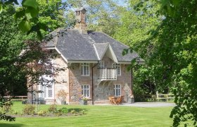 Photo of Swiss Cottage And Chalet