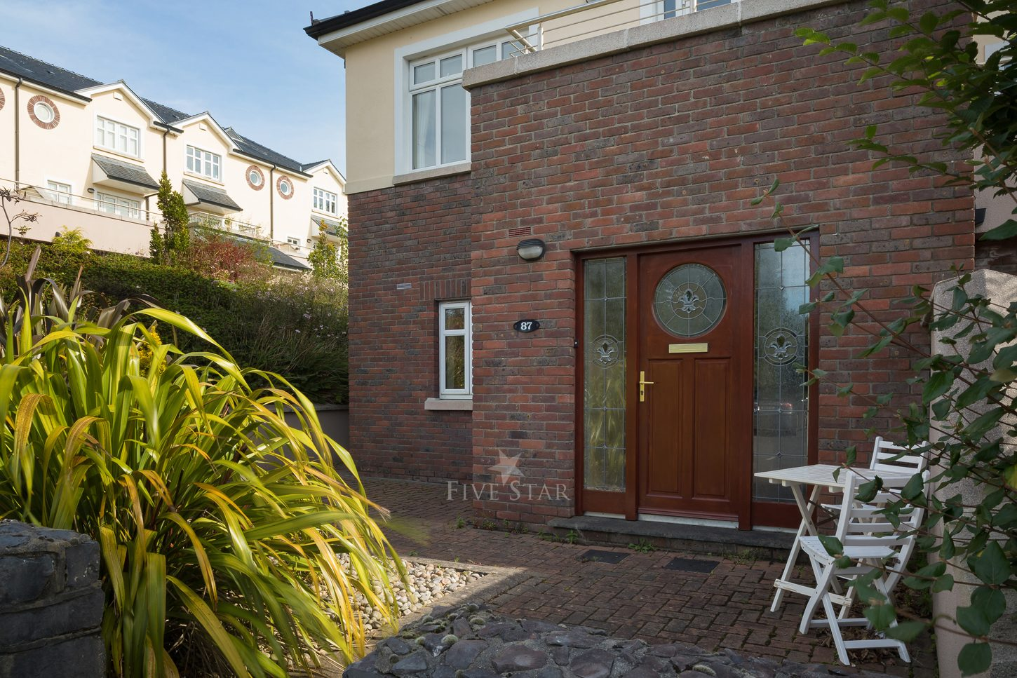 Lux Salthill Townhouse photo 1