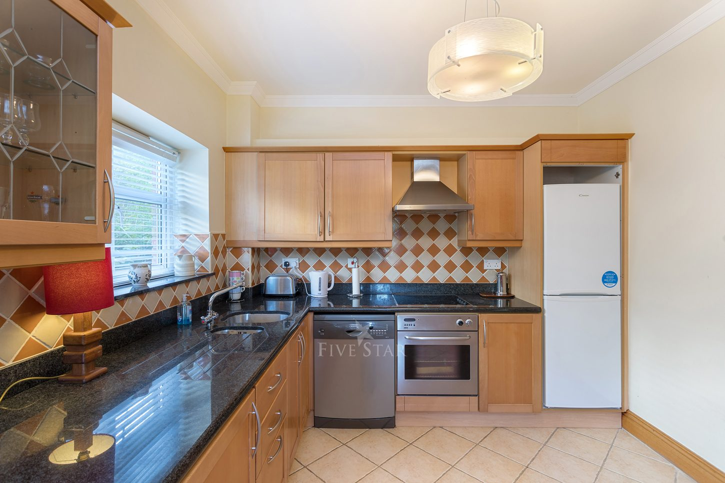 Lux Salthill Townhouse photo 9