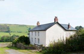 Photo of Onnen Fawr Farmhouse