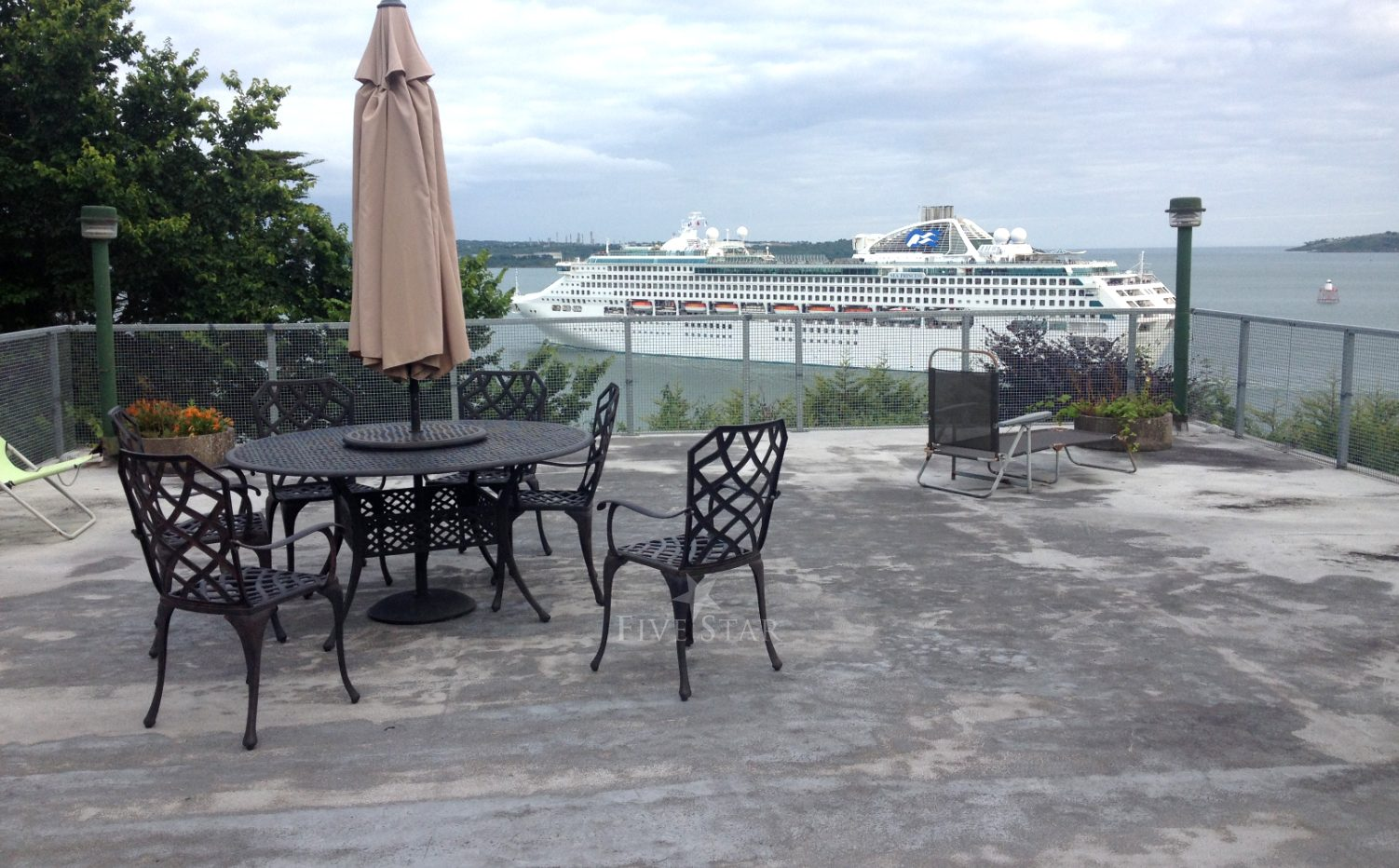 Great Island Luxury Retreat photo 3