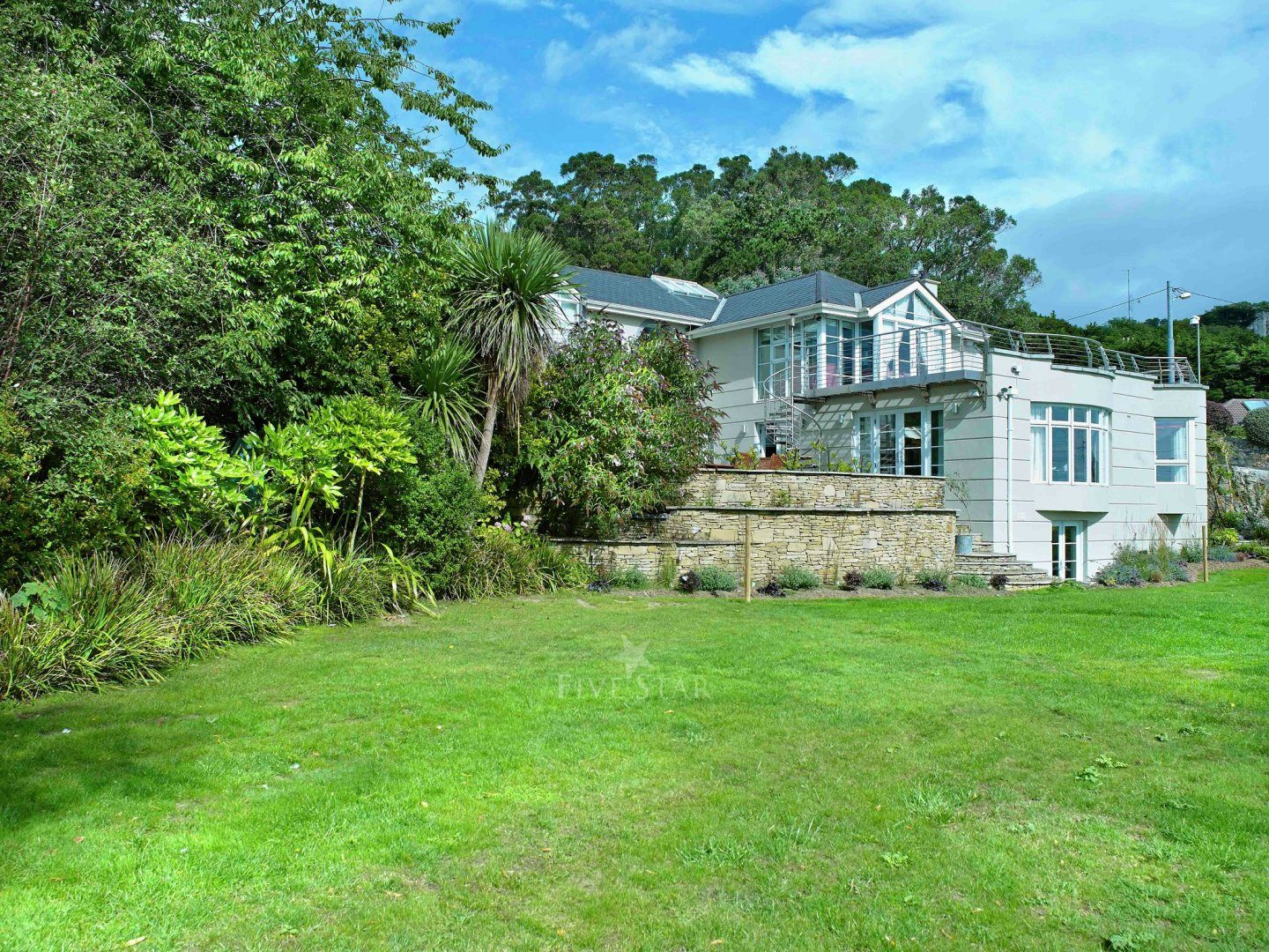 Hollywood Mansion Killiney photo 1