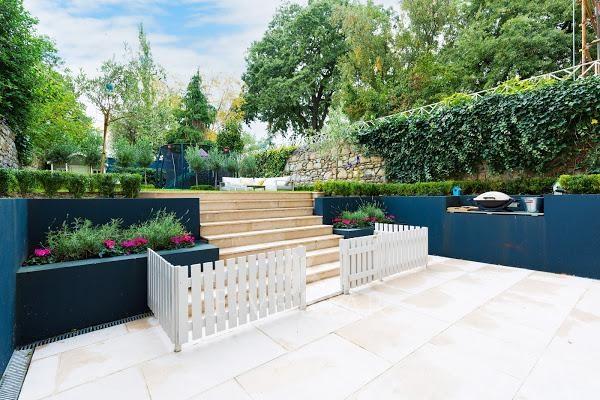 Lavish Period Home & Gardens photo 10