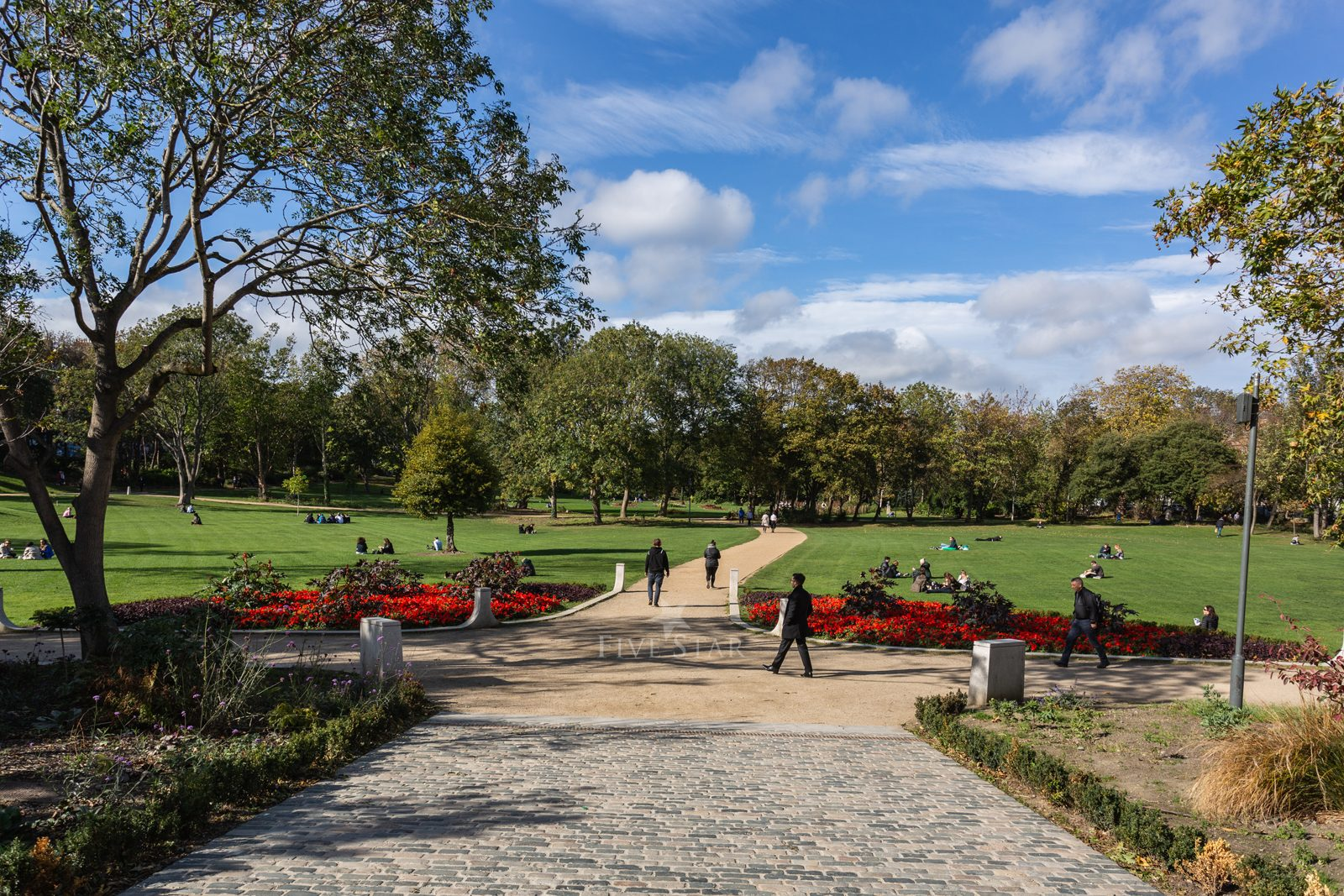 Exclusivley Yours - Five Star Merrion Square