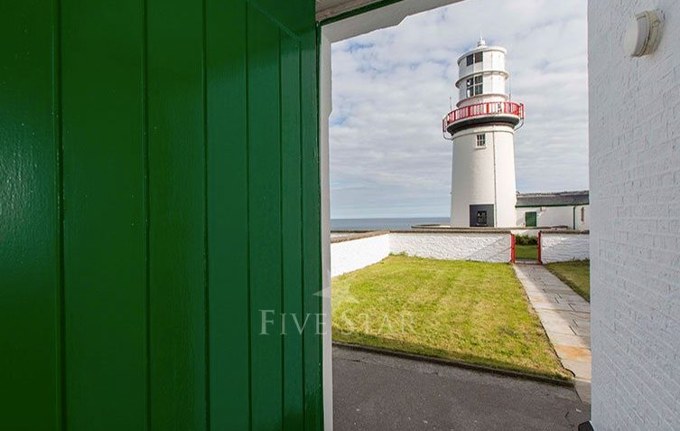 Galley Head Lightkeeper's House 2 photo 6