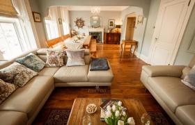 Bantry Bay Townhouse reviews