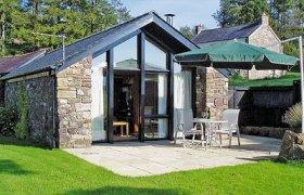Photo of Cennen Cottages at Blaenllynnant, Y Bwthyn