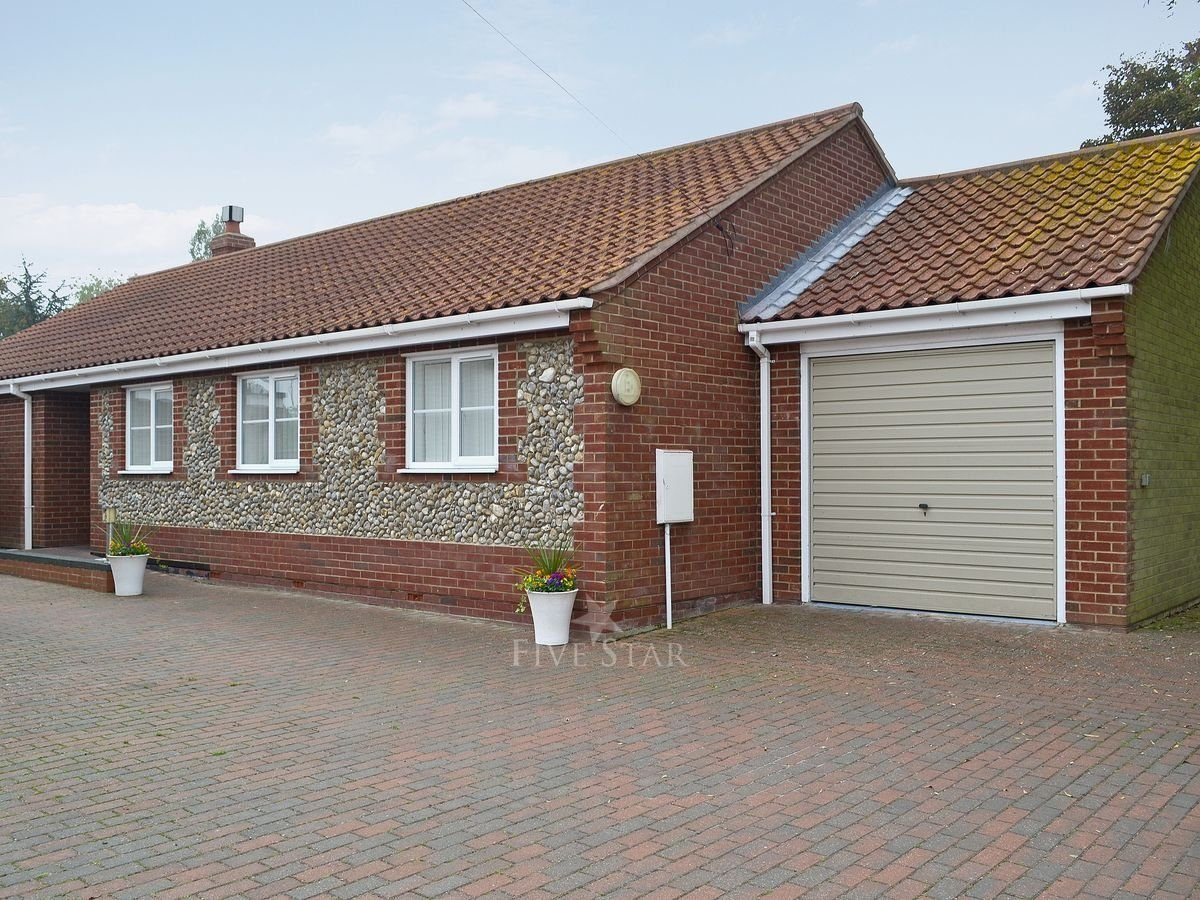The Beeches 5 Star Self Catering Sea Palling Norfolk