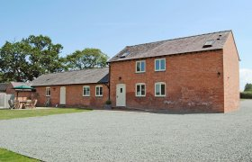 Photo of Drury Lane Barn